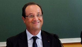 hollande-rentree-sourire-afp